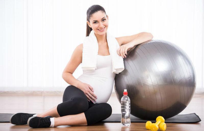 3 ερωτήματα για την άσκηση κατά την εγκυμοσύνη που απασχολούν κάθε fit μαμά