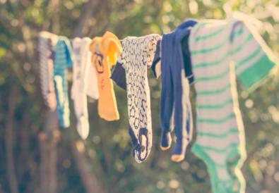 7 Συμβουλές για να Κρατάτε τα ρούχα του Μωρού σας Καθαρά