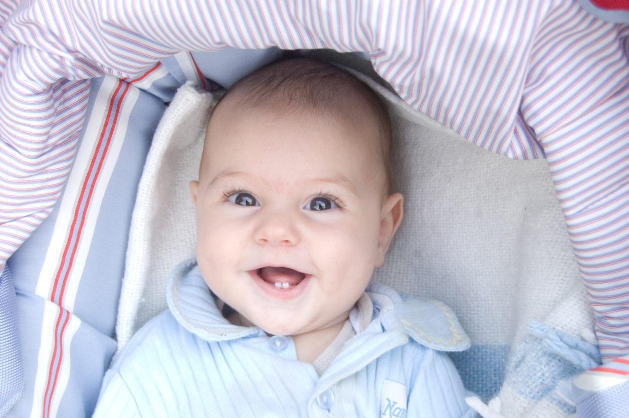 Τα πρώτα δόντια του μωρού