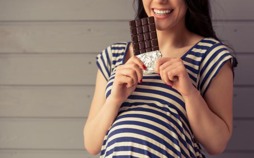 Μπορώ να Καταναλώσω Σοκολάτα ενώ είμαι έγκυος;