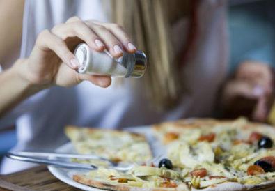 Είναι ασφαλές να τρώω αλμυρά κατά την εγκυμοσύνη μου;