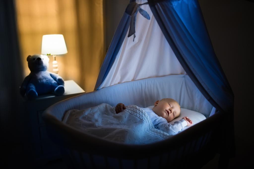 Πώς να κοιμίσετε το νεογέννητο μωράκι σας