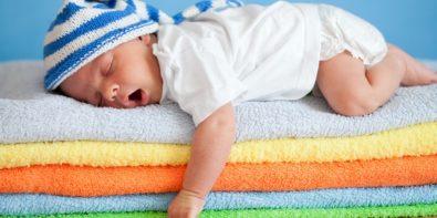Είναι αλήθεια οτι πέφτει ο πυρετός αν τρίψουμε το παιδί με αλκοόλ;